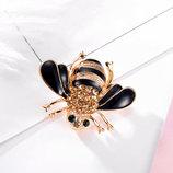 Брошь брошка пчелка с зелеными глазами