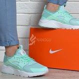 Кроссовки женские Nike Air Huarache Ultra mint мятные с белым дышащие в сетку