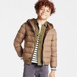 Ультра легкая демисезонная куртка японского бренда Uniqlo на 3-4 года.