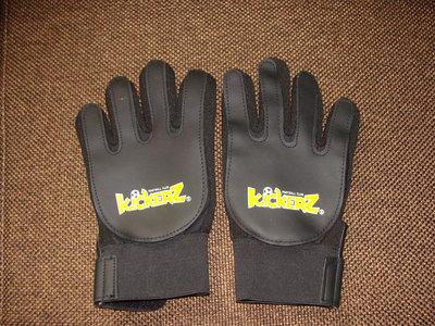 футбольные перчатки Kickerz football club оригинал идеал вратарские