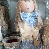 дизайнерский сувенир ручной работы кукла с вазоном