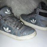 Высокое кроссовки Adidas