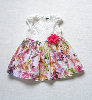 b1a9fda801393ea Нарядное платье с кружевом, цветком на девочку 1,5-2 лет: 200 грн ...