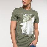 мужская футболка оливковая Facto / Де Факто с рисунком на груди