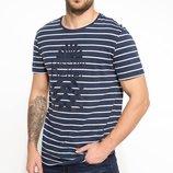 мужская футболка синяя Facto / Де Факто в белую полоску с рисунком на груди