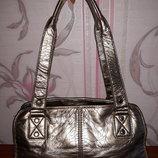 Серебристая сумка
