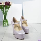 Шикарные туфли на платформе.