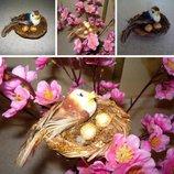 Красивая птичка в гнезде, декор для поделок и интерьера