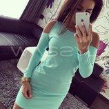 Платье мини с вырезами на плечах размеры 40,42,44,46 разные цвета до колен
