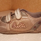 Кроссовки размер 32 фирмы Lulu, б/у