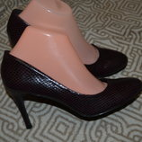 новые туфли на шпильке Next 25.8 см 40 Англия