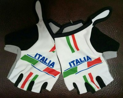 Велоперчатки Italia
