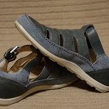 Мягчайшие комбинированные кожаные туфельки в мокасинном стиле Ecco 36.