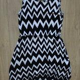 Летнее платье в зигзаги H&M на 8-10 лет