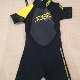 Продам новый ,фирменный Jobe,гидрокостюм 2-4 года