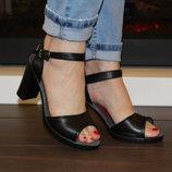 Босоножки женские черные на высоком каблуке натуральная кожа