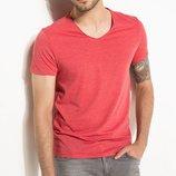 мужская футболка красная Facto / Де Факто с V-образной горловиной