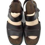 Кожаные босоножки сандалии Ecco