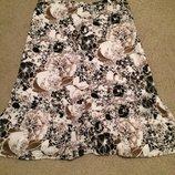 Новая юбка с цветами М
