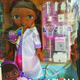 Кукла с аксессуарами Доктор Плюшева CT-11A