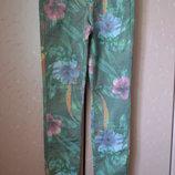 W32 - L32 Pieces. Джинсы, брючки, штаны с цветочным принтом.