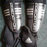 Щитки Adidas predator оригинал размер L