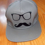 Фирменная кепка для мужчины, 57-59 см