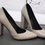 Стильные туфли из натуральной кожи на каблуке Производитель Украина Не Китай