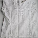 Белая футболка Next на 6-12 мес
