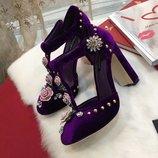 Босоножки Dolce & Gabbana бархатные
