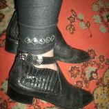 ботинки бренд
