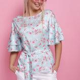 Женская шелковая блузка с воланами летняя