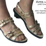 Золотистые босоножки Durea р.40 Нидераланды много обуви