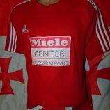 Спортивная фирменная футболка Adidas Адидас .л