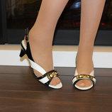 Босоножки женские черные с белым натуральная кожа средний каблук