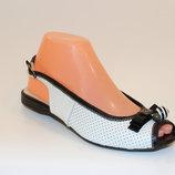 Босоножки женские белые натуральная кожа низкий каблук