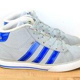 Кроссовки Adidas. 33 размер. 20.5 см обувь детская
