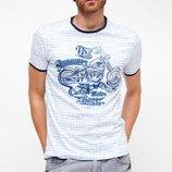 мужская футболка белая Facto / Де Факто с синим мотоциклом на груди