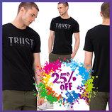 черная мужская футболка LC Waikiki / Лс Вайкики с серой надписью на груди Trust