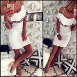 Новинка Платье сарафан низкая цена летнее с воланом на бретелях с открытыми плечами