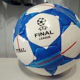 Футбольный мяч четверка