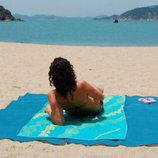 В наличии голубая,синяя и зелёная Пляжная подстилка анти-песок Sand Free Mat Размеры 200 200 см.