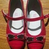 Лаковые туфельки Marjblu Италия , 28 р-р