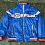 Красивая летняя куртка ветровка на мальчика 134/140