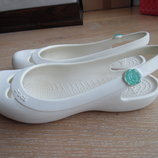 Кроксы 22,5 см стелька рр W 5 обувь на море Белые Crocs Крокс