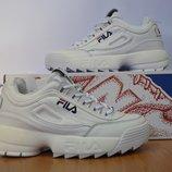 Кроссовки белые Fila.