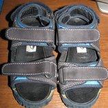Кожаные босоножки-сандалии NY. Star р. 28,ст. 18 см