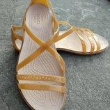 Оригинальные босоножки crocs Crocs Isabella Cut Strappy Sandal босоножки крокс размеры w6.w7.w9.w10