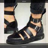 Новы мужские сандали Dr. Martens