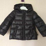 Новая зимняя куртка пуховик Benetton. 4-5лет. Оригинал